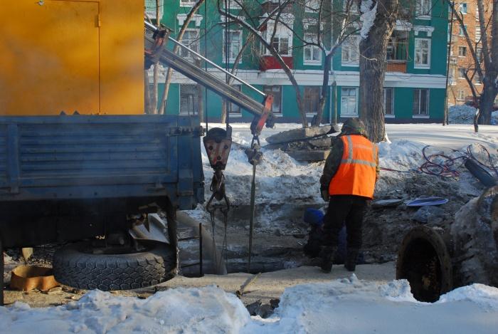 Проезд по улице закрыли из-за строительства теплотрассы
