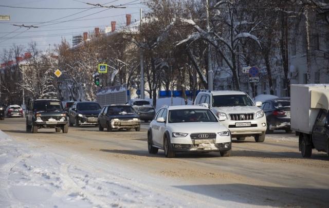 В Башкирии лихач приехал к приставам на арестованном автомобиле