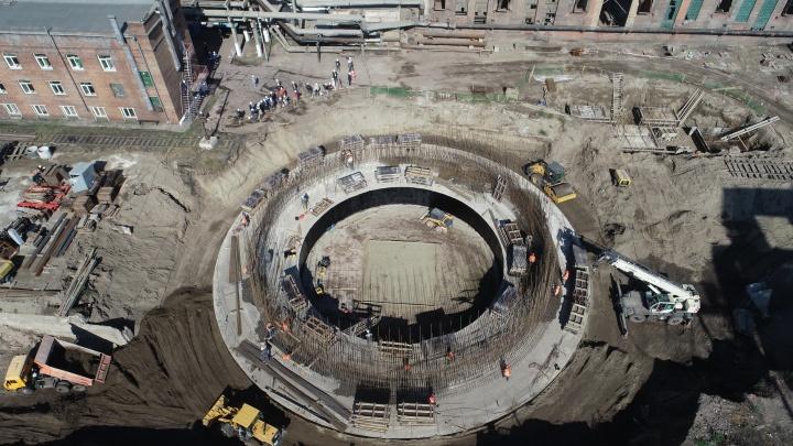 Сверху виднее: на ТЭЦ-1 начали строить самую высокую трубу в Красноярске