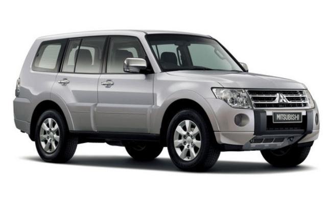 В Уфе угнали серебристый Mitsubishi Pajero