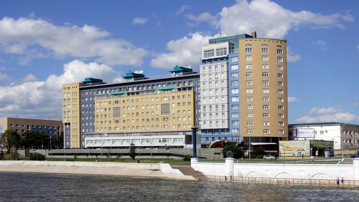 Аналитики измерили доход омских богачей в квартирах