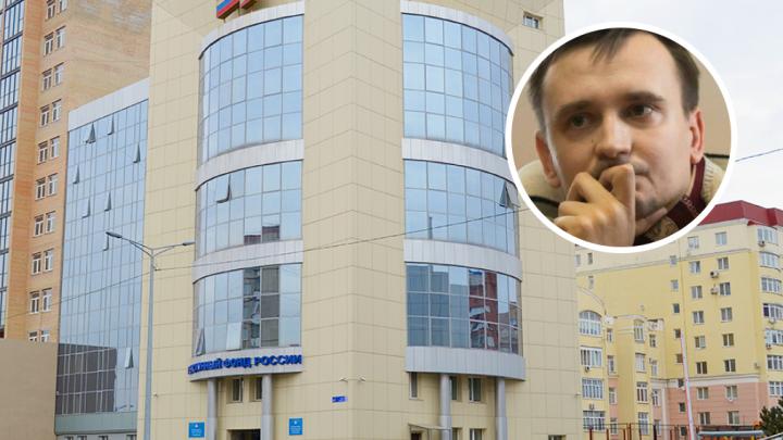 «Ходят тут, выпрашивают»: челябинец не понимает, почему его маме начислили пенсию в 8 тысяч рублей