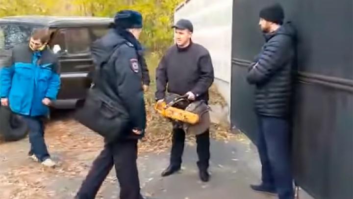 Прокуратура проверит компанию, к работникам которой приходил замглавврача с бензопилой