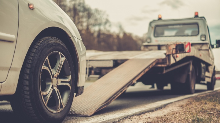 Новосибирцы начинают лечить сезонные «болезни» автомобилей