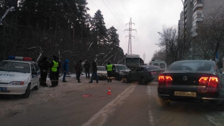 В ДТП на Вторчермете пострадали двое детей
