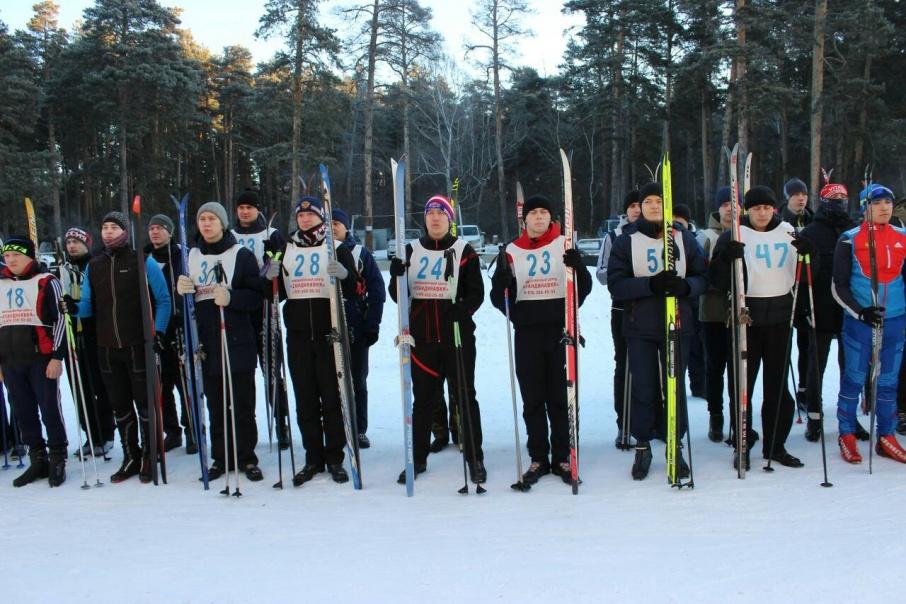 Преступники не узнали в лыжниках стражей порядка и продолжали делать свою работу