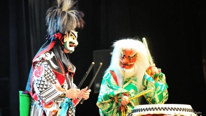 Японские барабанщики сыграли в Екатеринбурге «Калинку-Малинку»