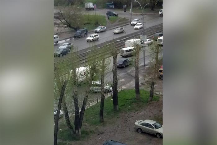 От удара пешеход отлетел на несколько метров