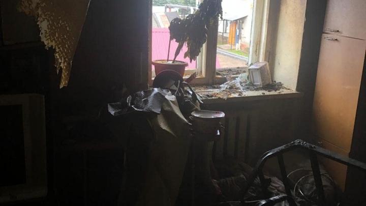 В Башкирии в жилом доме вспыхнула «однушка», пожарные эвакуировали 12 человек