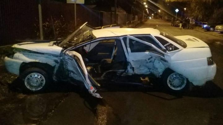 Кузов «десятки» сплющило: в Тольятти пьяный водитель спровоцировал ДТП с пострадавшими