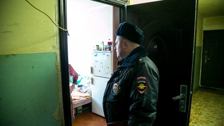 Две наивные женщины с 4 детьми отдали квартиру после обещания нового жилья. Теперь работает полиция