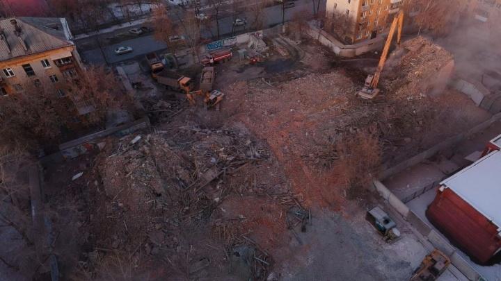 Минстрой запретил строить высотку на месте снесённого дома, в котором работал Ельцин