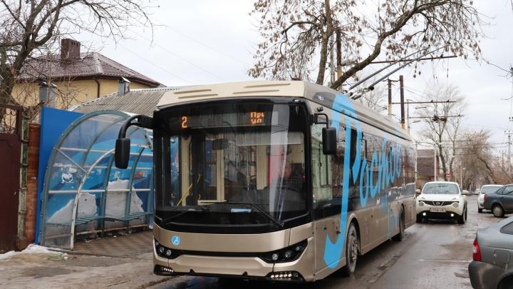 Первый троллейбус с USB-зарядкой появился в Ростове