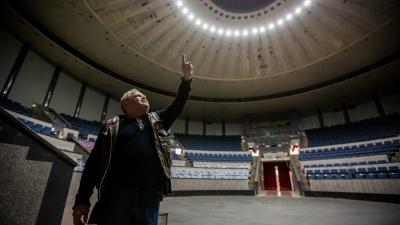 Разглядываем грандиозный ремонт, из-за которого уволили директора цирка: 19 кадров из закулисья