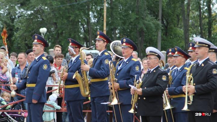 Автогонки, День ВМФ и волейбол: самые интересные события выходных в Архангельске