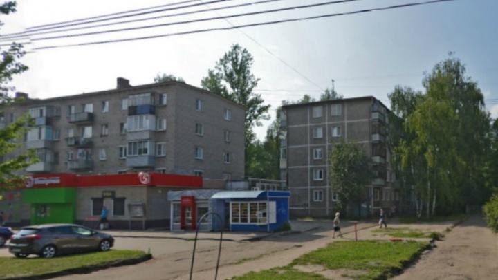 «Кровавый след к убийце»: ярославец оставил труп друга в мешке у подъезда