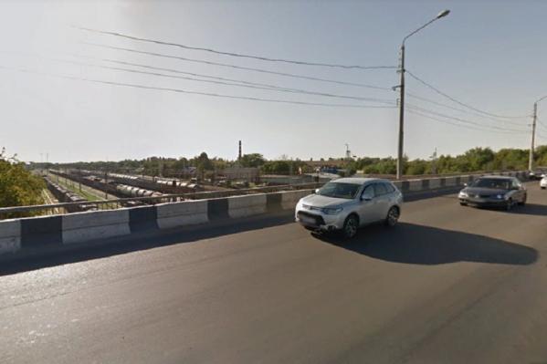 Начать реконструкцию моста на Малиновского обещают к концу 2019 года
