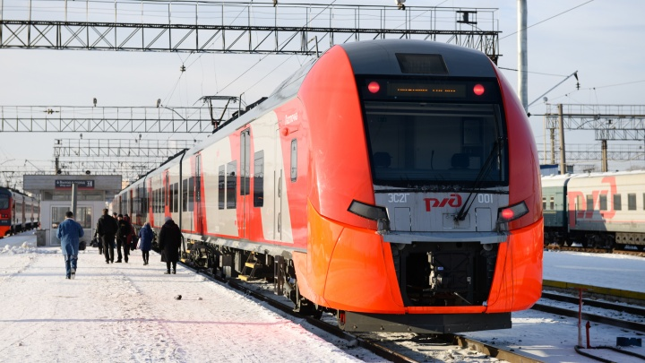 Чуть быстрее, чем на автобусе: из Екатеринбурга в Пермь начнут ходить «Ласточки»