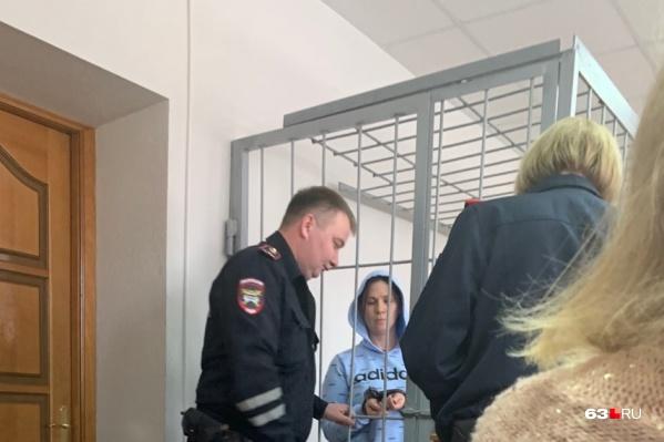 Женщину обвиняют в незаконном получении 2,5 миллиона рублей