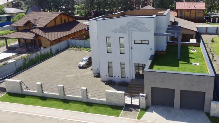 Самый дорогой коттедж в аренду в Красноярске сдают за 160 тысяч в месяц. Смотрим, что предлагают