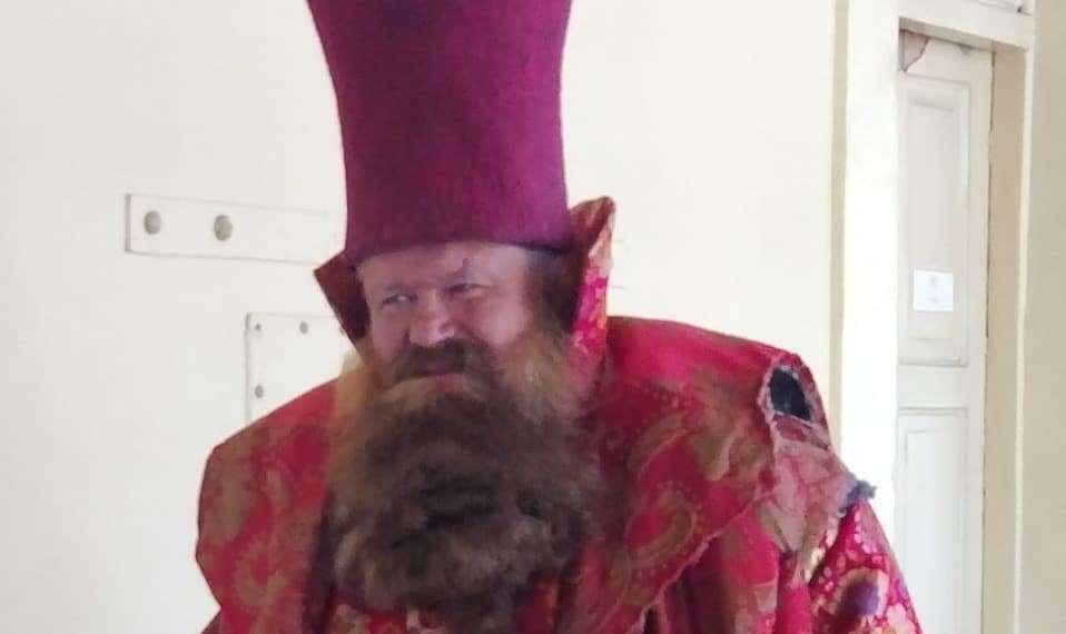 Актера с такой бородой не узнать