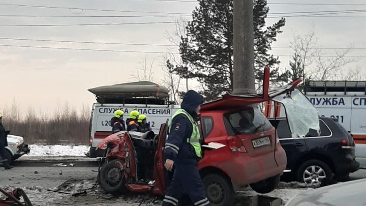 «Калину» отбросило на «Икс-Рэй»: в ГИБДД рассказали детали смертельной аварии в Тольятти