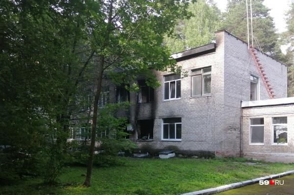Корпус, в котором произошел пожар