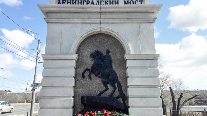 Целиком разберут, дорогу расширят: проект обновления Ленинградского моста прошёл публичные слушания