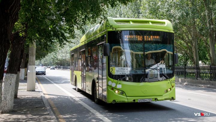 «Закончился газ?»: водители волгоградских маршруток не смогли заправиться метаном
