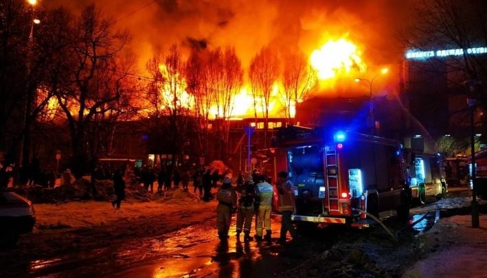 Владельцы сгоревшего ресторана «Золотая пагода» обещали рассчитаться за банкеты