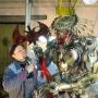 «Я назвал его ласково — Гоша»: в Сызрани механик собрал робота Хищникаиз автозапчастей