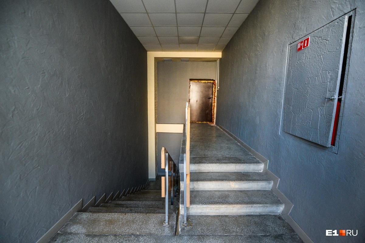 Пока что на четвёртый этаж поднимаются только сотрудники кинотеатра