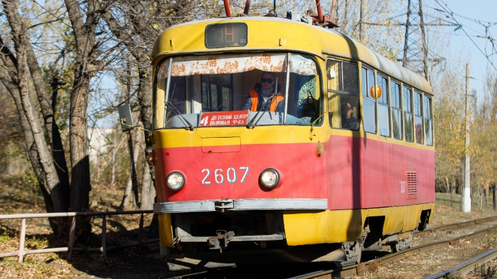 «В целях оптимизации»: в Волгограде с 1 июля сократят троллейбусы и трамваи