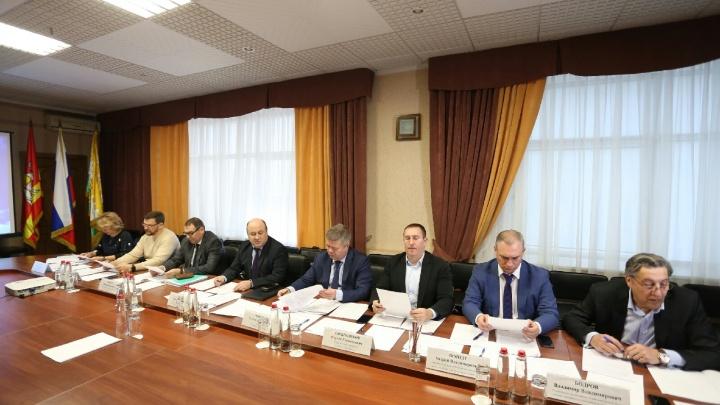 Четверо вместо двух: комиссия по выборам главы Челябинска определилась с кандидатами