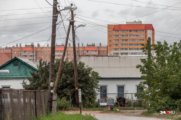 Новый микрорайон в Чурилово строили не на пустом месте — с середины прошлого века в чистом поле «нарезали» участки для работников ЧТЗ
