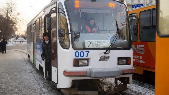 Натерпелись и хватит! На Эльмаше возобновят движение трамваев до остановки «Фрезеровщиков»
