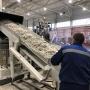 Переработать всё, что можно: в России открыли гигантский цех по обращению с отходами