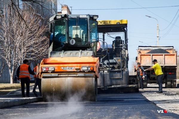 Дороги отремонтируют в Дзержинском районе города