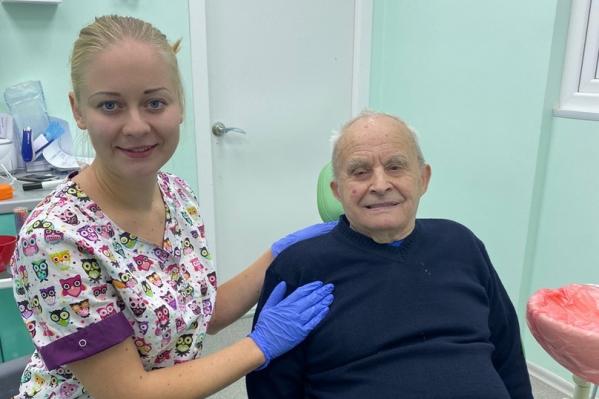 Дедушка больше всего переживал из-за утерянных в огне зубов