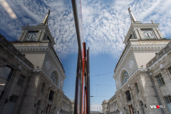 Поезд из Адлера в Саратов через Волгоград опаздывает почти на 2,5 часа