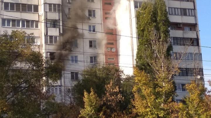 Во вспыхнувшей квартире на севере Волгограда заживо сгорел ее хозяин