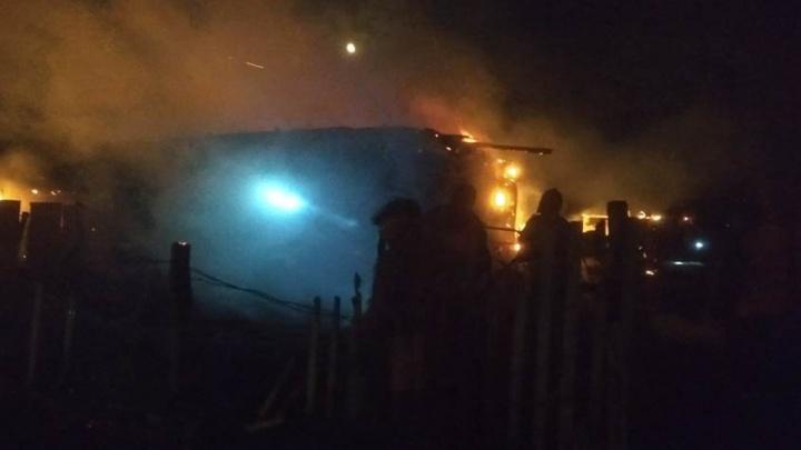 В Башкирии сгорел жилой дом: обнаружили погибших мужчину и женщину