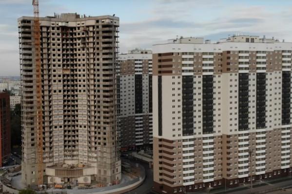Здание уже достроили до 30 этажей