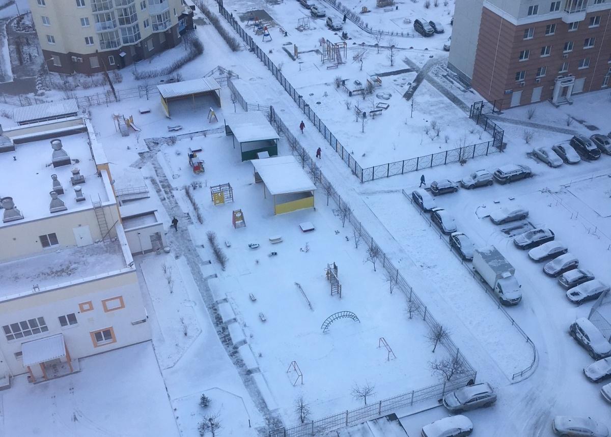 Заметенные дворы в районе южного автовокзала