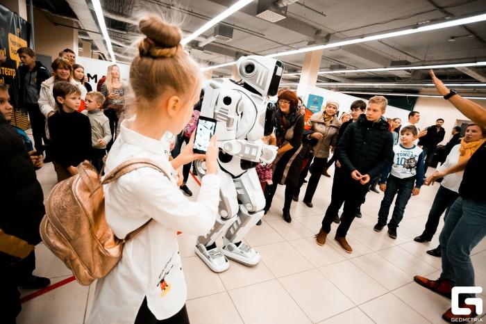 На улице Дуси Ковальчук скоро откроется выставка роботов