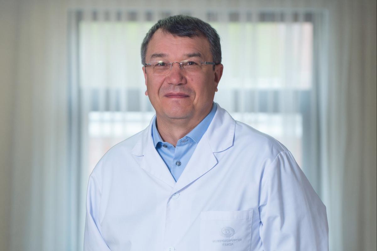 Генеральный директор Екатеринбургского центра МНТК «Микрохирургия глаза», главный офтальмолог Свердловской области Олег Шиловских