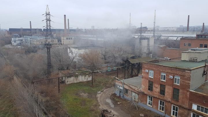 Замыкание на подстанции: что известно о пожаре на оборонном заводе «Баррикады»