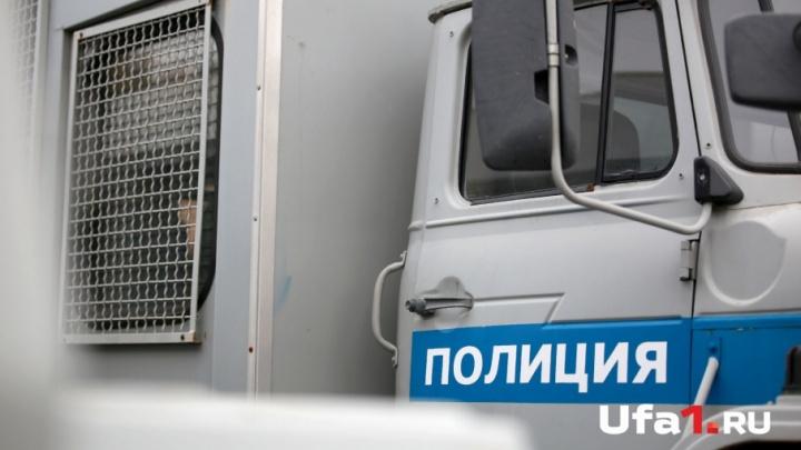 Помог с липовым военником: в Башкирии комиссара посадили под домашний арест за взятку