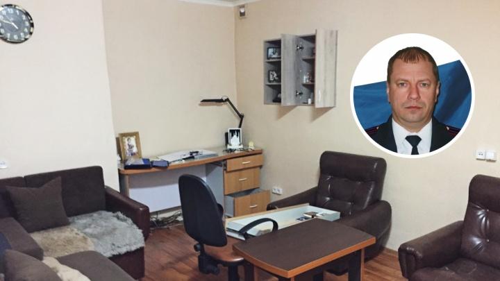 ФСБ задержала начальника тюменской ИК-1, где за 100 тысяч в месяц осужденный жил в «апартаментах»