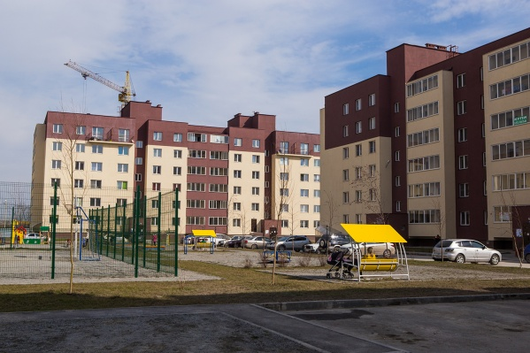 В УК «Дивногорская» объяснили, что инициатива этих объявлений исходит от администрации